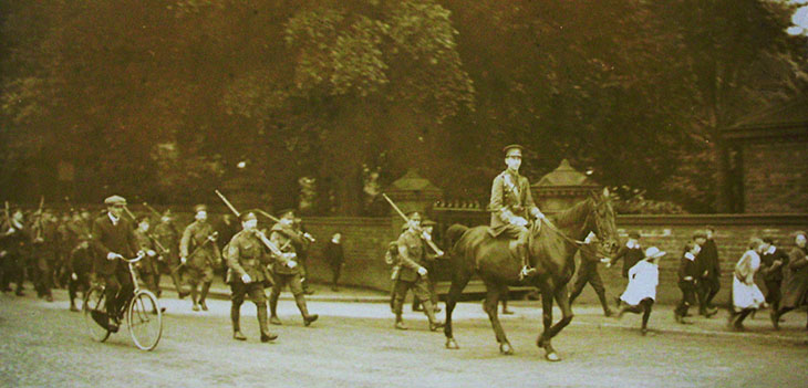 Chorley Terriers marching to Preston at the outbreak of war in August 1914