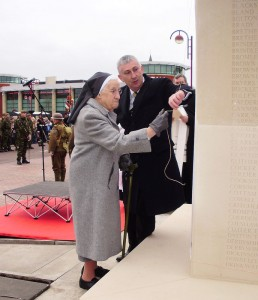 Sister Francis Calderbank and Lindsay Hoyle unveil the new memorial
