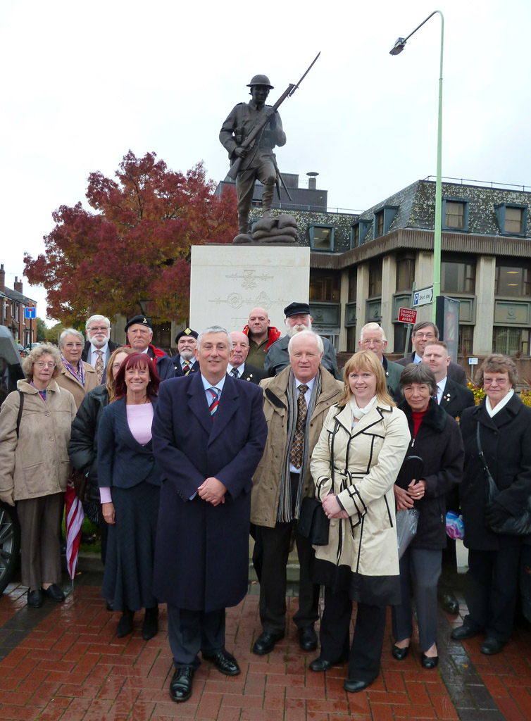 Pals Memorial Chairman Lindsay Hoyle MP and members of the public set off on walk to launch new 'Chorley Remembers' project.