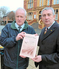 Steve Williams & Lindsay Hoyle MP launching the campaign - 23rd February 2007 Picture: Chorley Guardian