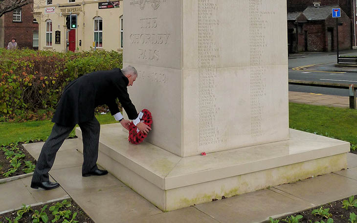 Lindsay Hoyle lays a wreath at the Chorley Pals Memorial